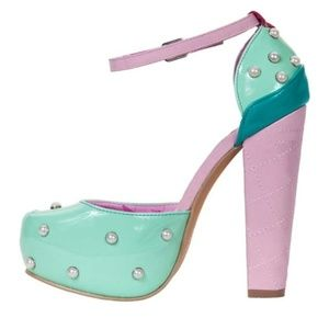 New Iron Fist Lick Me Platform heels